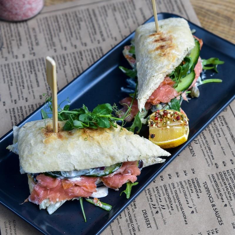 Sandwich cu somon (300 g)