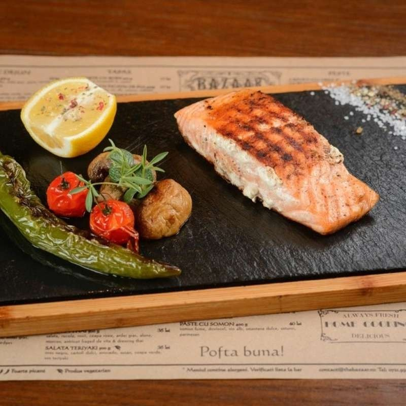 Grilled salmon (200 g)