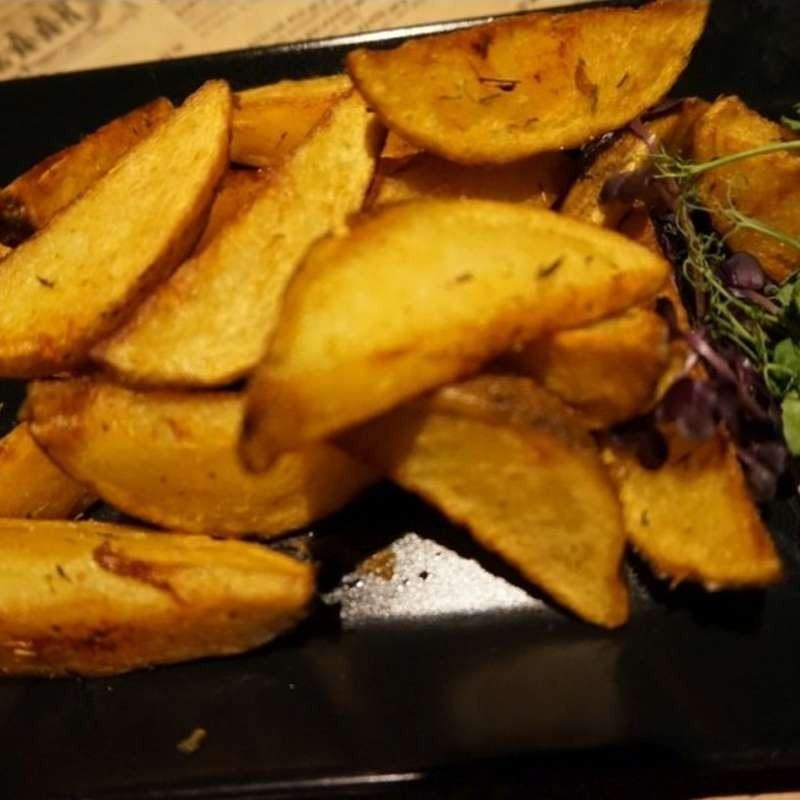 Potato wedges (300 g)