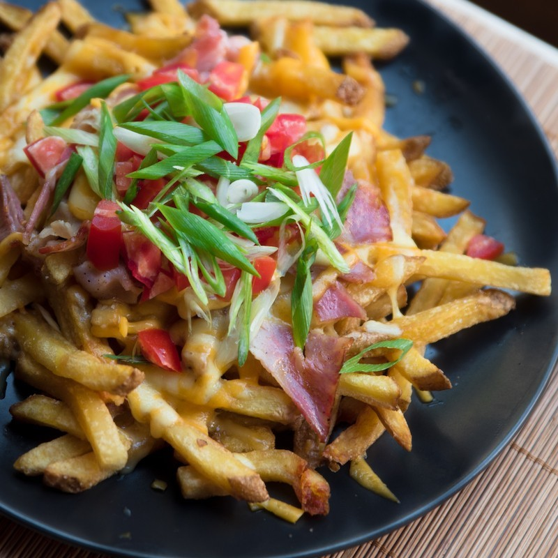 Bacon and cheese fries (500 g)